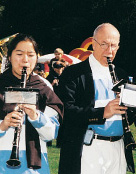 Alumni play in the maching band