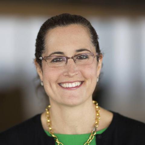 Lisa Carnoy headshot