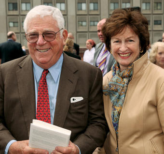 Richard Ravitch '55 and his wife, Kathy Doyle, at a May 2013 book party at Waterside Plaza. PHOTO: GORDON ERIKSEN