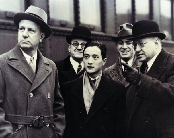 James Lin and John Kluge, with three of the Detroit civic leaders who organized their tour of the city. (Lin, center front; Kluge, back, to the right of Lin.)