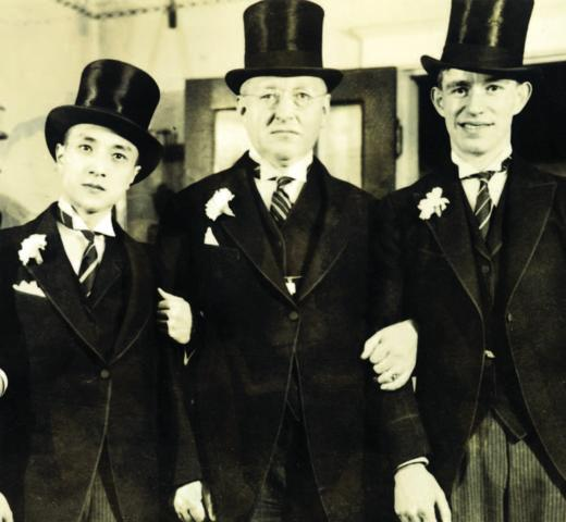 Lin, Allen B. Crow, Kluge. Crow was the head of Detroit's Columbia University Club, which awarded Kluge a scholarship and then doubled it. Crow remained Kluge's lifelong friend and supporter.