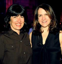 Honoree Elizabeth D. Rubin '87 (right) with fellow journalist Christiane Amanpour.