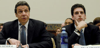 Benjamin Lawsky '92, '95L (right) and then-Attorney General Andrew M. Cuomo during testimony in the U.S. House of Representatives. Photo: Courtesy office of Governor Cuomo