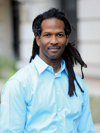 Carl Hart, an associate professor of psychology, has studied the effects of drugs on the brain and human behavior for more than 20 years. PHOTO: EILEEN BARROSO