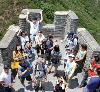 Columbia faculty and students tour the Great Wall in Beijing, China, in 2012 during the Global Scholars Program Summer Research Workshop, co-organized by the Columbia Global Center in Beijing.
