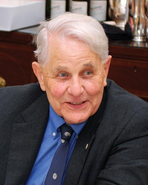 Eric M. Olson '49