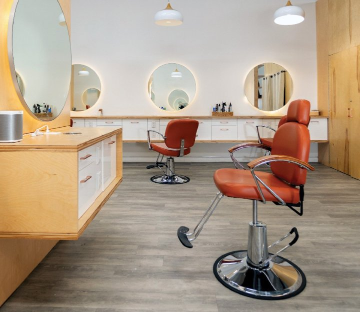 The pair realized that a downtown salon with stylists who could expertly handle multiple hair types would fill a sorely needed niche.