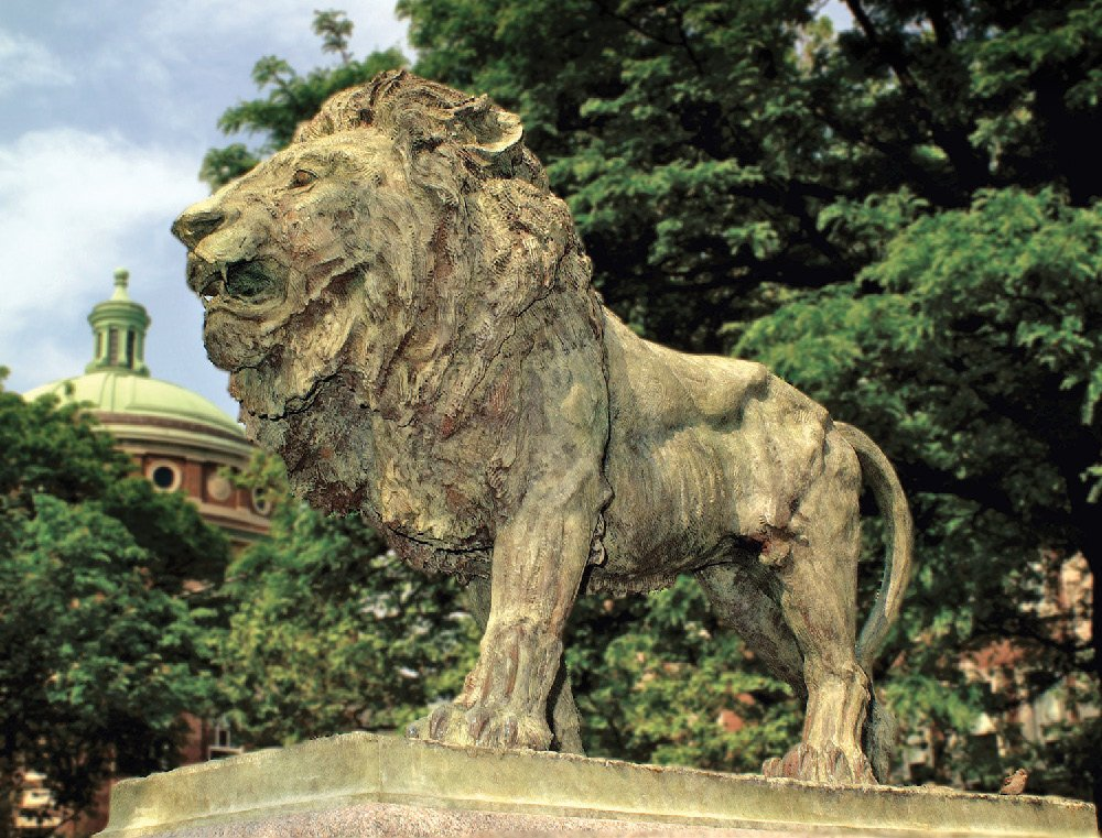 A sculpture of a lion