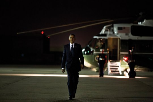 A photograph of President Barack Obama '83 at JFK International Airport, Queens, N.Y.; October 18, 2012.