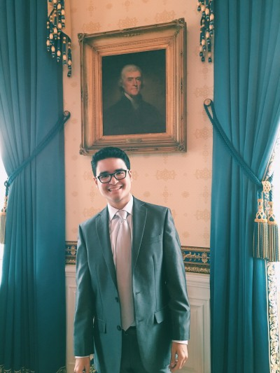 Santiago Tobar Potes CC'20 in the White House's Blue Room. Photo: Courtesty Santiago Tobar Potes CC'20